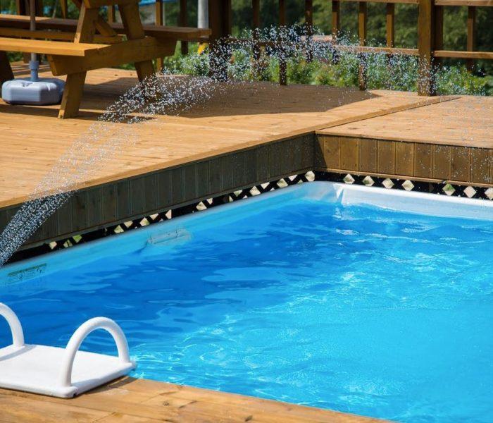 Ventajas e inconvenientes de las cubiertas para piscinas
