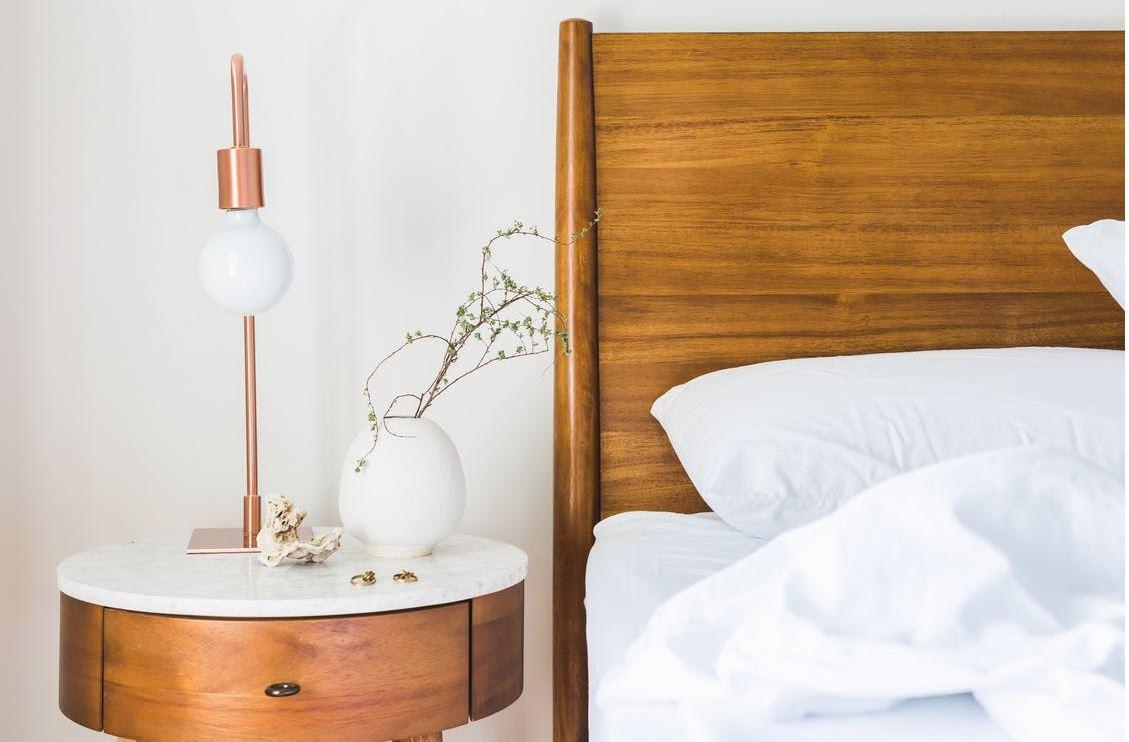 C mo iluminar un dormitorio ideas para aprovechar la luz aedas homes - Luz para dormitorio ...