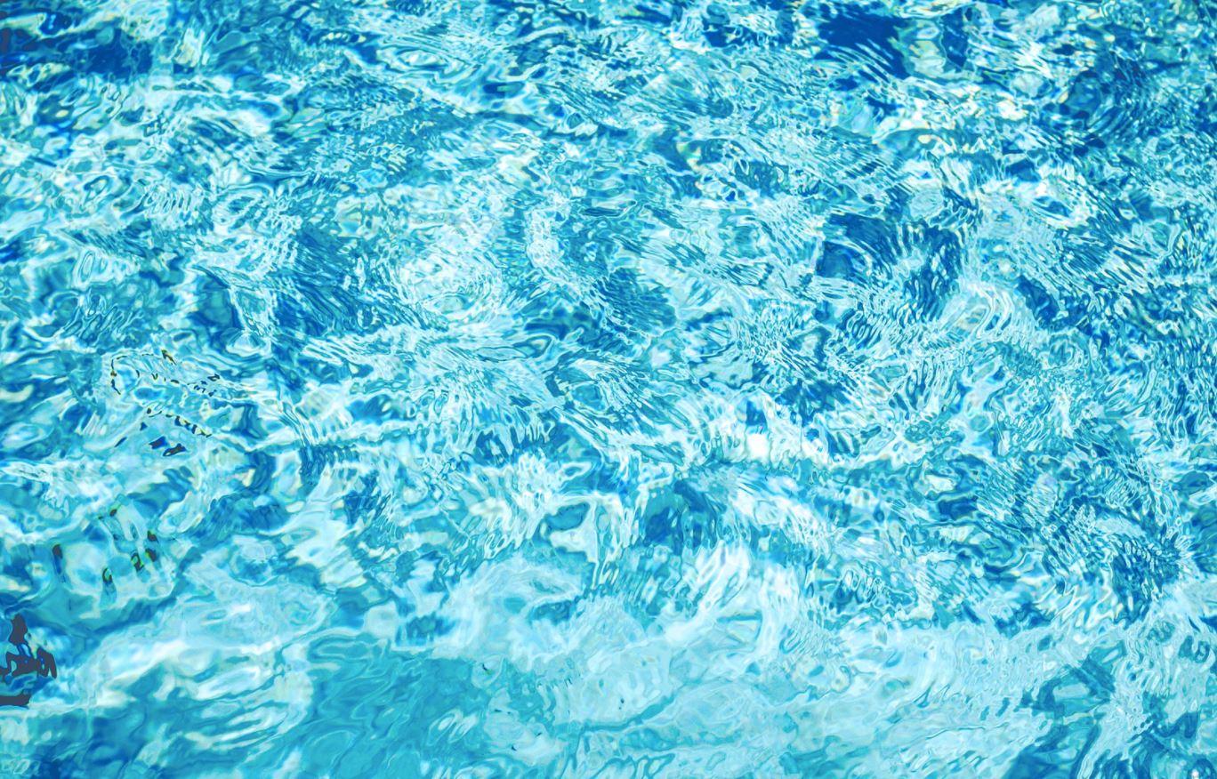 Pros y contras de las piscinas con sal adi s al cloro for Piscinas de sal