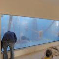 Construye una piscina de 38.000 litros que no es para él… pero está en su casa