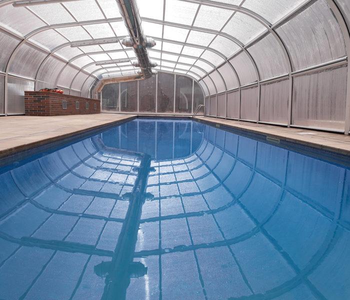 Así es la piscina cubierta de tu piso de obra nueva en Alicante